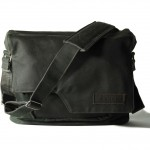 COMPAGNON 113 The Messenger - Generation 2 waxed canvas Camera Bag (Dark Green)