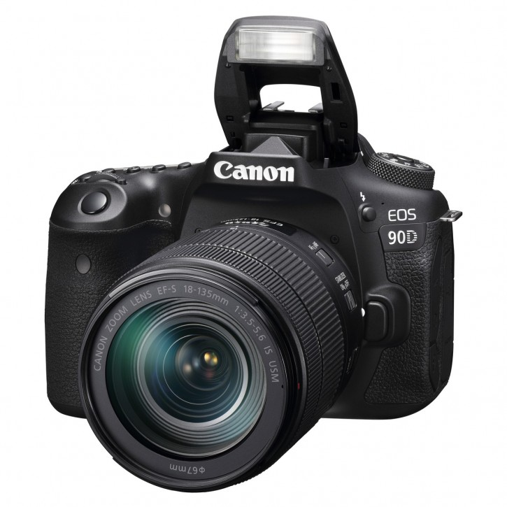 Canon EOS 90D 18-135mm IS Kit - Schwarz