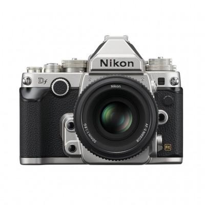 Nikon Df AF-S NIKKOR 50mm F/1,8 Kit - Silber